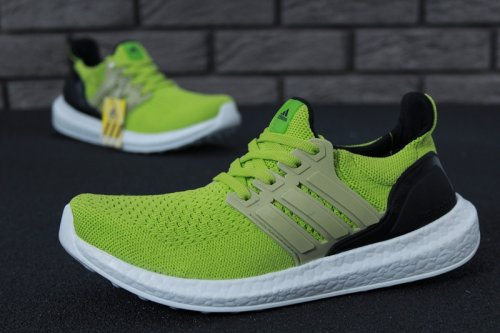 Мужские кроссовки Adidas Ultra Boost (light green/black/white) - 19Z