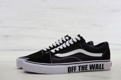 Женские кеды Vans Old Skool (Vans of the Wall signature) - 44w
